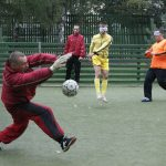 «Отношусь, как к здоровым, поблажек нет». Как витебский тренер возвращает к жизни незрячих людей