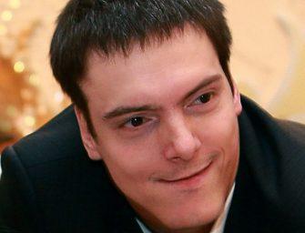 Вячеслав Егоров: Издание сборника стихов «Я смотрю на свечу»