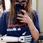 Девушка из Нью-Джерси делает крутые косплеи, используя бионическую руку