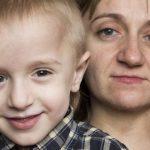 Хрустальный Денис. Как «мама-росомаха» поставила на ноги сына с редким генетическим заболеванием