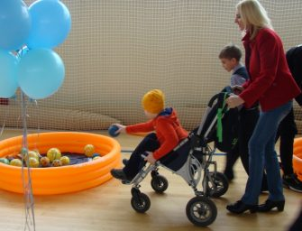 Реабилитационные центры для детей‑инвалидов заработают во всех округах Москвы в 2019 году
