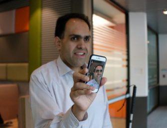 Новое приложение Microsoft позволит слепым людям просматривать фотографии на смартфоне