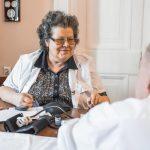 Уже 12 лет в Москве для ветеранов работает программа «Санаторий на дому»