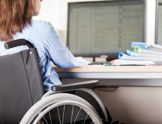 Работодатели неохотно берут на работу инвалидов