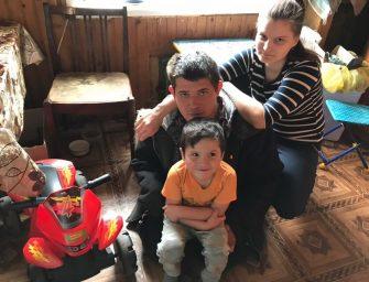 «Но каждому солнце светит»: инвалид-колясочник из Осташкова борется с жизнью за право на счастье