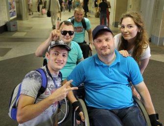 «Никто и ни от чего не застрахован». Мужчина из Слуцка о жизни в инвалидной коляске, мнении окружающих и отношении с сыном