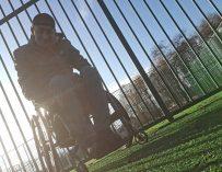 Александр Кравчук из Иваново мечтает начать ходить и сыграть с сыновьями в футбол
