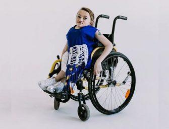 «Хрустальный» дизайнер. Курянка с ОВЗ создает одежду для колясочников
